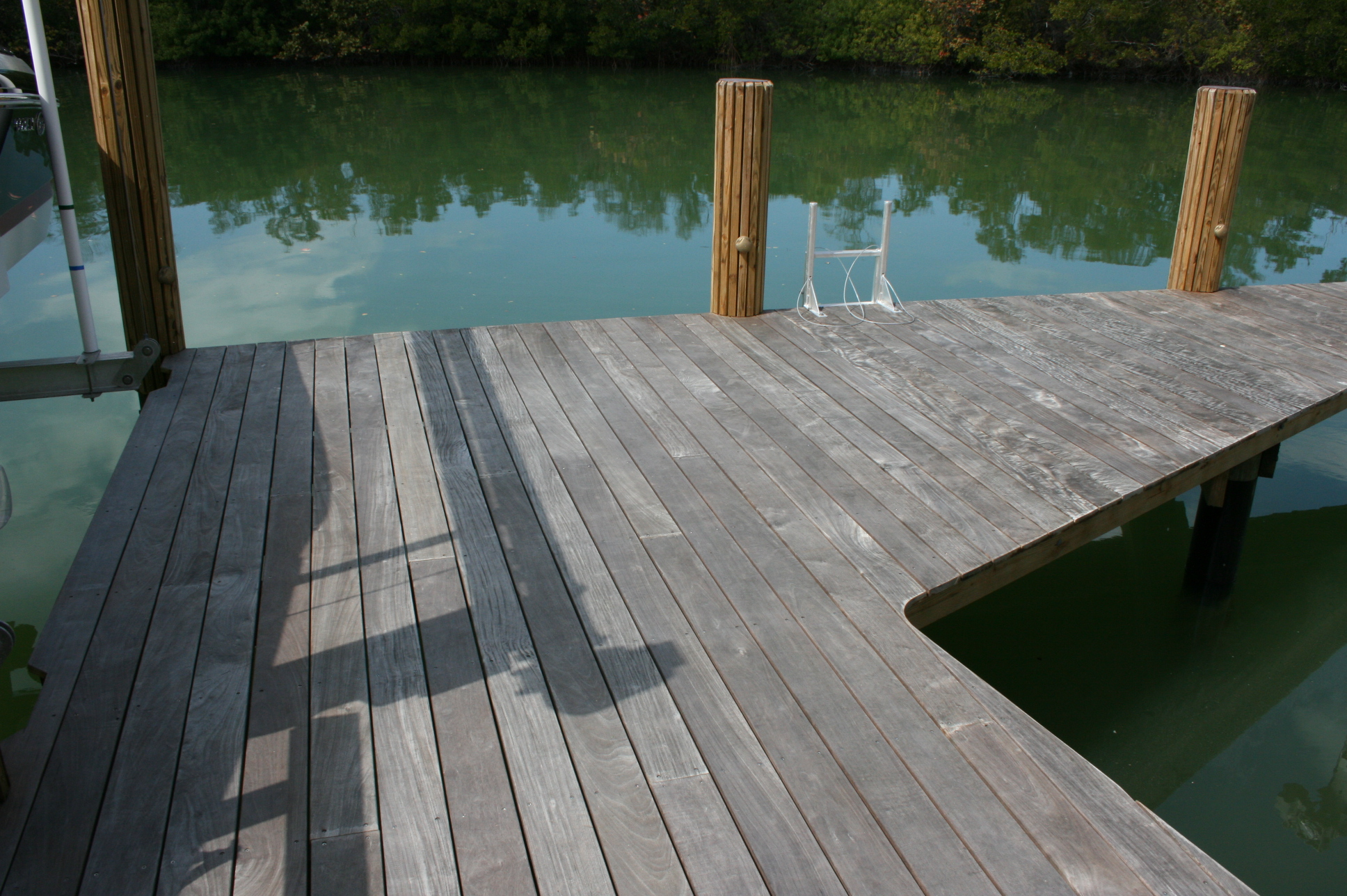 Ipe garland marine construction for Ipe decking vs trex